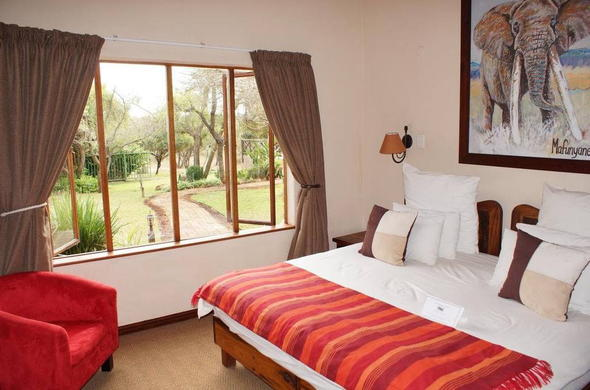 Crocodile Kruger Safari Lodge offers comfortable accommodation in Greater Kruger Park.