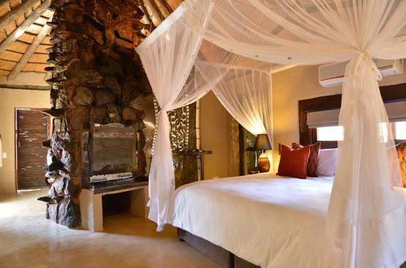 Makalali Game Lodge offers chic and comfortable accommodation.