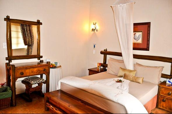 Comfortable rooms are offered at Royal Kruger Lodge.